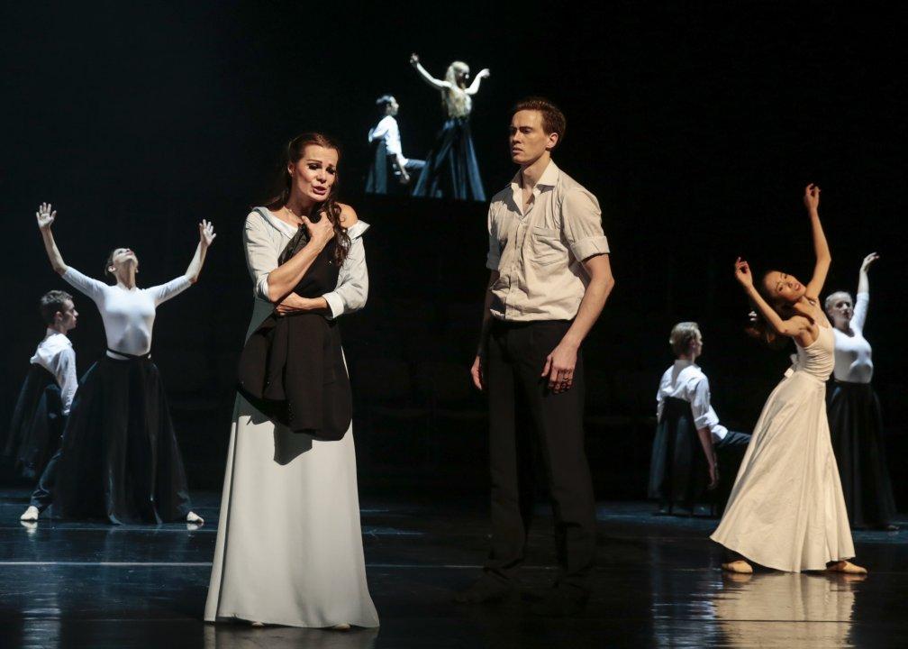 Monika Fabianová (Marguerite), Andrej Szabo, sólista Baletu SND <br><small>Autor: Ctibor Bachratý, 2016</small>